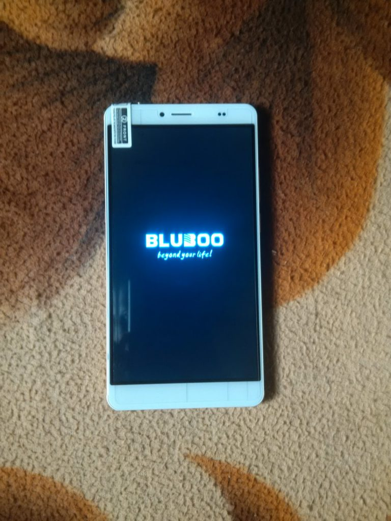 Unboxing the Bluboo Maya Max 4G+ Phablet- First impressions 19