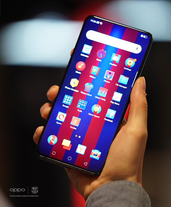 OPPO Reno FC Barcelona edition: Special models with striking team emblems and gradient colors 1