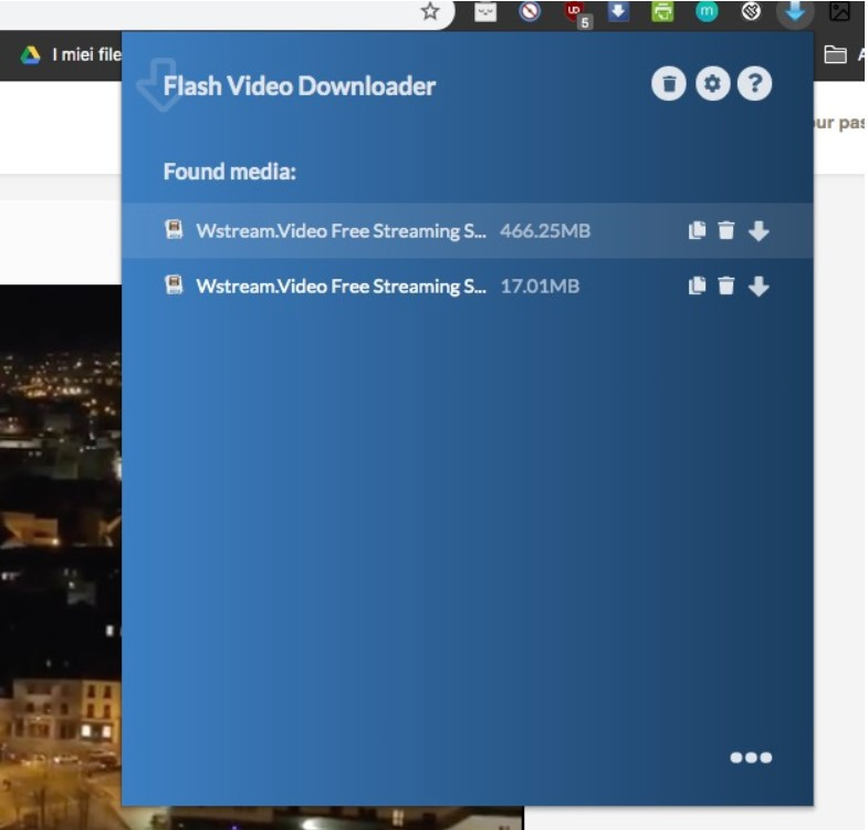 Flash-Video-Downloader-downloading