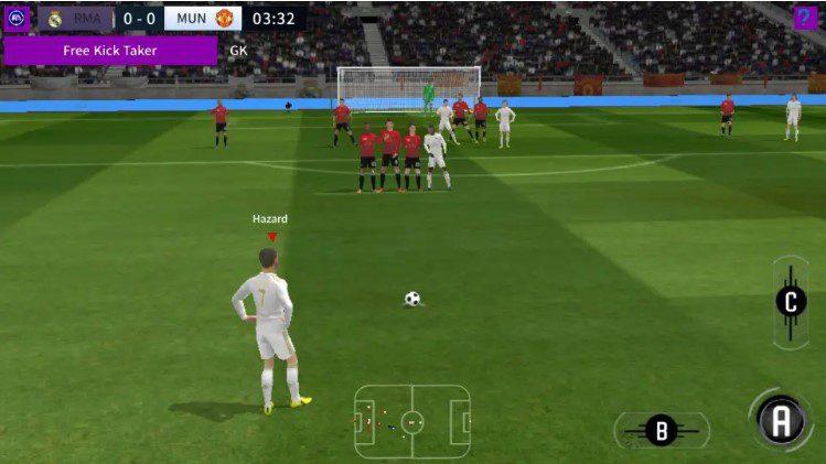 dream-league-soccer-2020-match-play