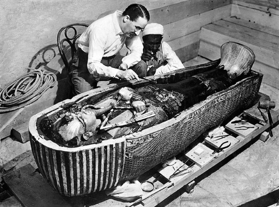 Tutankhamun-and-its-famous-curse